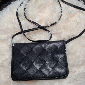 Vintage Ellen Tracy leather crossbody